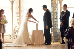 What to put in a Wedding Time Capsule